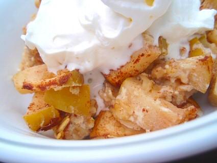 Easy Baked Apple Oatmeal