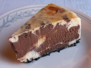 Chocolate Vanilla Swirl Cheesecake