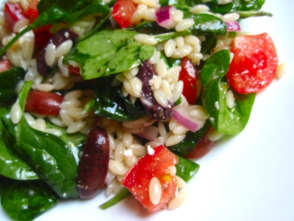Greek Spinach Orzo Salad