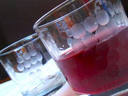 Homemade Sparkling Grape Juice