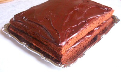 Unleavened Chocolate Cake with Chocolate Fudge Frosting