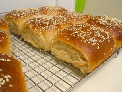 Whole Wheat Buttermilk Sandwich Buns