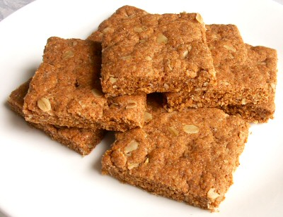 Whole Wheat Cinnamon Graham Squares